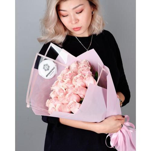 Купить на заказ Заказать Букет из 25 розовых роз с доставкой по Караганде с доставкой в Караганде